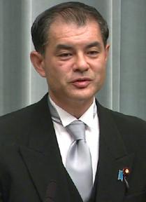 柴山大臣がTwitterで疑問を呈した高校生は誰で名前は?サイレントマジョリティーや排除の理論で炎上?