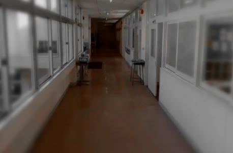 筑後地区の中学校はどこで学校名と校長は?不登校生徒が廊下で試験【福岡】